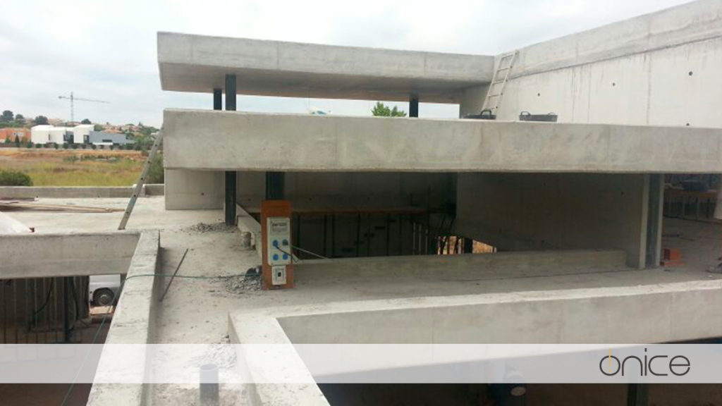 Ónice-Forjado-Muros-hormigón-Estructura-Torre-en-Conill-Betera-21