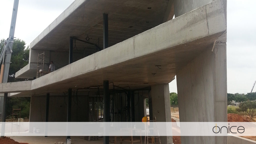 Ónice-Forjado-Muros-hormigón-Estructura-Torre-en-Conill-Betera-31-2