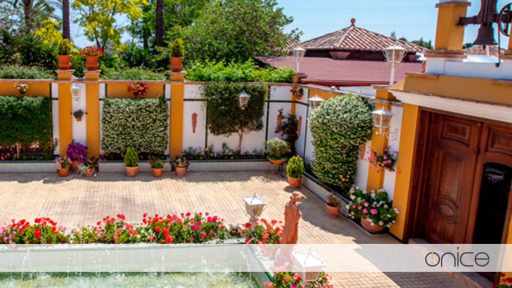 Salones y Jardín del carmen